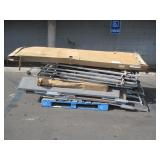 PALLET OF ROLLING PARTITIONS