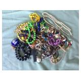 1 BAG WITH MISC. COSTUME JEWELRY