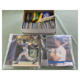 COLLECTIBLE BASEBALL CARDS AND MAGAZINES