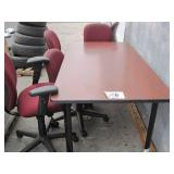 LOT OF TABLE ON WHEELS & 5 OFFICE CHAIRS: