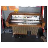 LOWERY CONTEMPO EIGHTY ELECTRIC ORGAN &