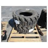 2 TITIRE SKID STEER TIRES