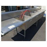 STAINLESS STEEL RESTAURANT KITCHEN SINK
