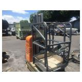2006 MAN LIFT AERIAL PLATFORM 24 VOLTAGE BATTERY M