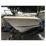 AUTOMATIC SPEED BOAT READ 520 HOURS BOAT TRAILER N