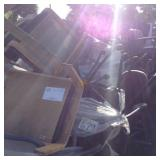 1 LOT OF CONFERENCE AND OFFICE CHAIRS