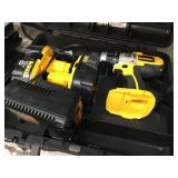DEWALT POWER DRILL 2 BATTERIES AND POWER SOURCE