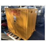 2 SAFETY STORAGE CABINETS FOR FLAMMABLE LIQUIDS