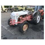 FORD N SERIES TRACTOR HAS PTO