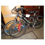 2 SCHWINN MOUNTAIN BIKES