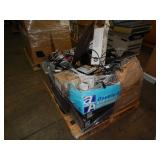 1 PALLET OF ELECTRONIC CONNECTORS & PARTS DESKTOP