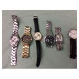 1 BAG WITH MIXED WATCHES
