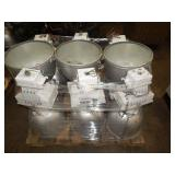1 LOT OF 9 HOLOPHANE LIGHT FIXTURES