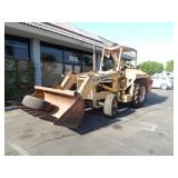 INTERNATIONAL 260 SERIES-A LOADER EQUIPPED WITH A