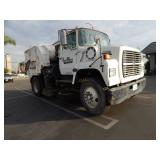 1989 FORD LN7000