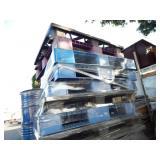 1 STACK OF U-LINE INT. SHIPPING PLASTIC PALLETS U-