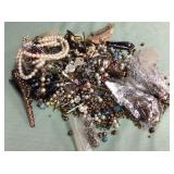 1 BAG WITH JEWELRY-FINDINGS