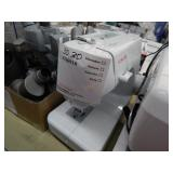 SINGER  LOT OF TWO SEWING MACHINES