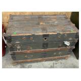 Wooden Trunk: Has Damage