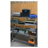 Apx 11 Pcs Of Vintage Electronics: All Have Wear