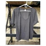 Womens gray short sleeve shirt. Size L.