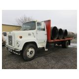 1985 Ford F700 Flatbed