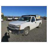 2004 Chevrolet Silverado 1500 Work Truck Pickup