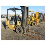 CAT 5,000lb Forklift
