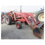 International 484 Wheel Tractor