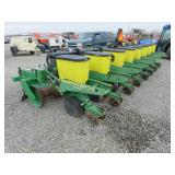 John Deere 1700 8 Row Planter