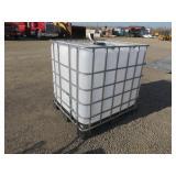275 Gallon Plastic Tote w/Cage