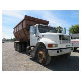 (DMV) 1998 International 4900 DT466E Feed Truck w/