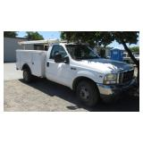 (DMV) 2002 Ford F-350 Super Duty Truck