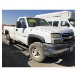 (DMV) 2006 Chevy 2500 HD Truck