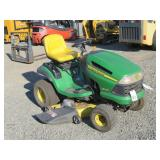 John Deere LA145 Riding Mower