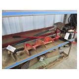 Earthquake E43 Auger, Bolt Cutters & Shovel