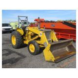 International 3414 Front Loader Wheel Tractor