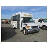 Ford E350 Super Duty Passenger Bus