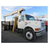 International 4700 DT466E Crane Truck