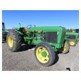 John Deere 2955 Wheel Tractor