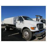 2000 F650 Water Truck