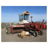 Freeman 370 Self-Propelled Baler