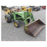 John Deere 1530 Wheel Tractor