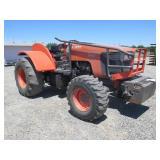 Kubota M105S Low Profile Wheel Tractor