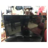 Insignia 32in LED Flat Screen TV