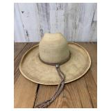 Avelar Size 7 Cowboy Hat