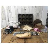 Collectable Lot of Home D©cor, Plushes,