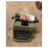 Remington Standard Typewriter with
