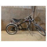 Schwinn Stingray Chopper Bicycle (Black)