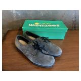 Pair of Hushpuppies Size 6M Dress Shoes